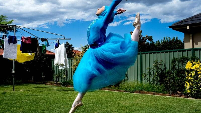 Stephanie Kurlow, a hijabi ballerina, is trying to raise funds so she can train full time at a professional ballet school. (Illawarramercury.com.au)