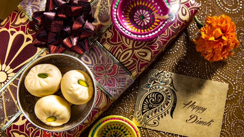 The Diwali package is complete with a stay in one of the hotel's well-appointed rooms or suites, buffet breakfast and an exquisite Diwali themed dinner served to match the grandeur of this occasion.
