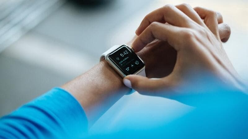 40 percent use health apps on mobile devices and 14 percent use wearable technology.