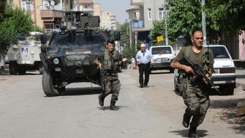 Turkish special forces are seen in a military operation in Diyarbakir. (AFP/File)