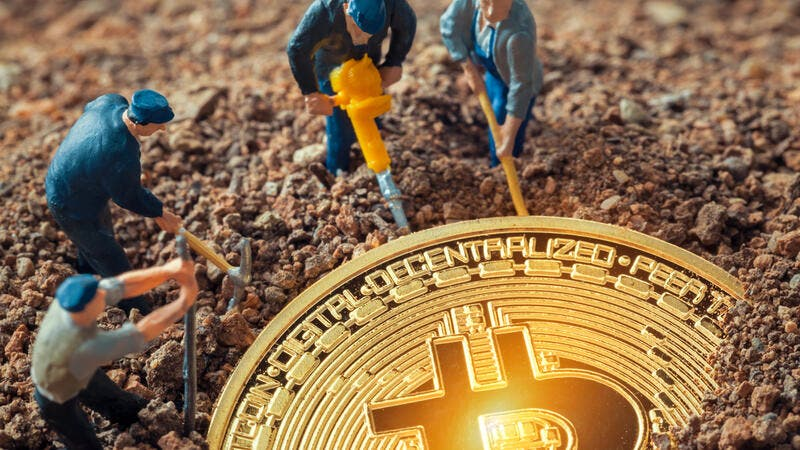 Crypto News Recap: Bitcoin Mining Revenues Records New All-Time-High