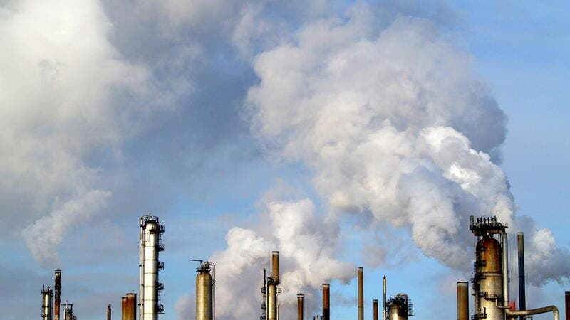 Report: Global Fossil Fuel Air Pollution Costs $2.9 Trillion Per Year