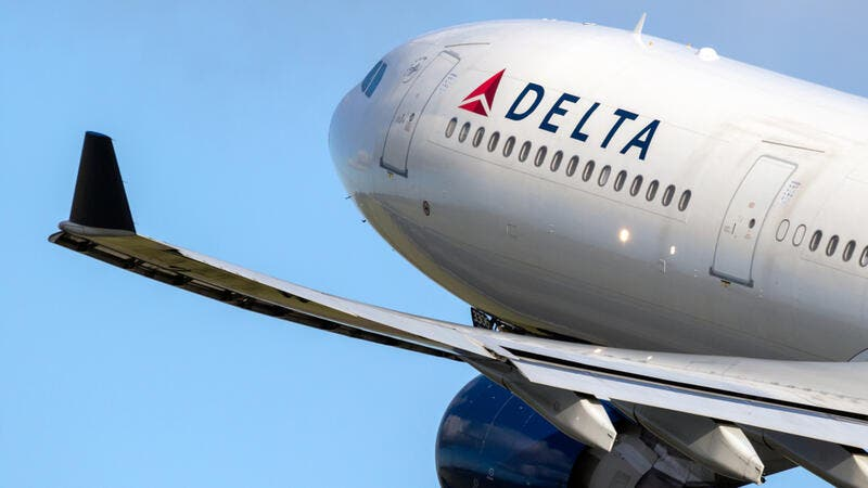 Delta Air Lines Loses $5.38 Billion In Q3 Due to COVID-19