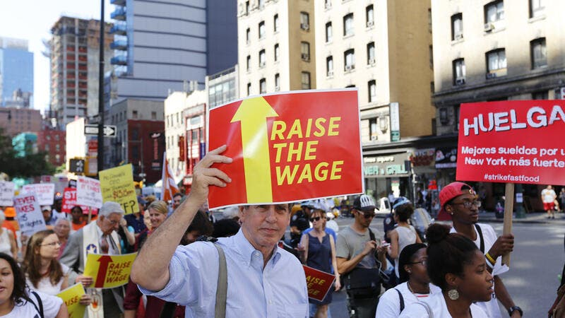 US: $15 Minimum Wage Would Reduce Poverty but Increase Unemployment
