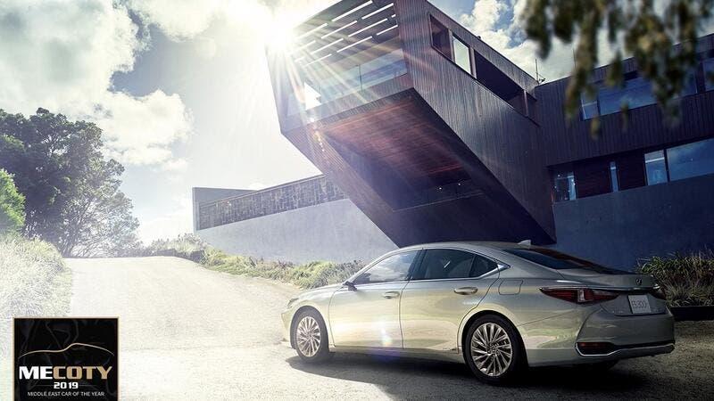 Best Midsize Luxury Sedan >> Lexus Es 300h Crowned Best Midsize Luxury Sedan At Middle East Car