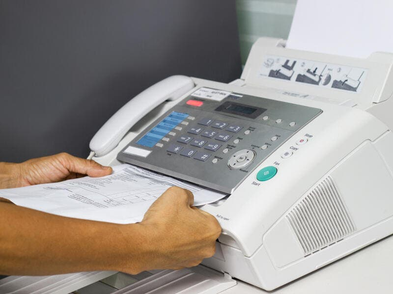4. Fax machines: Even Though the first fax device was invented in 1843, it wasn't commonly used until the 1980s and it used to cost up to $20,000. People were fascinated by the fact that a piece of paper can be transmitted in a matter of seconds from one country to another! I bet people who were introduced to emails as the first form of telecommunicating are fascinated by this fact.