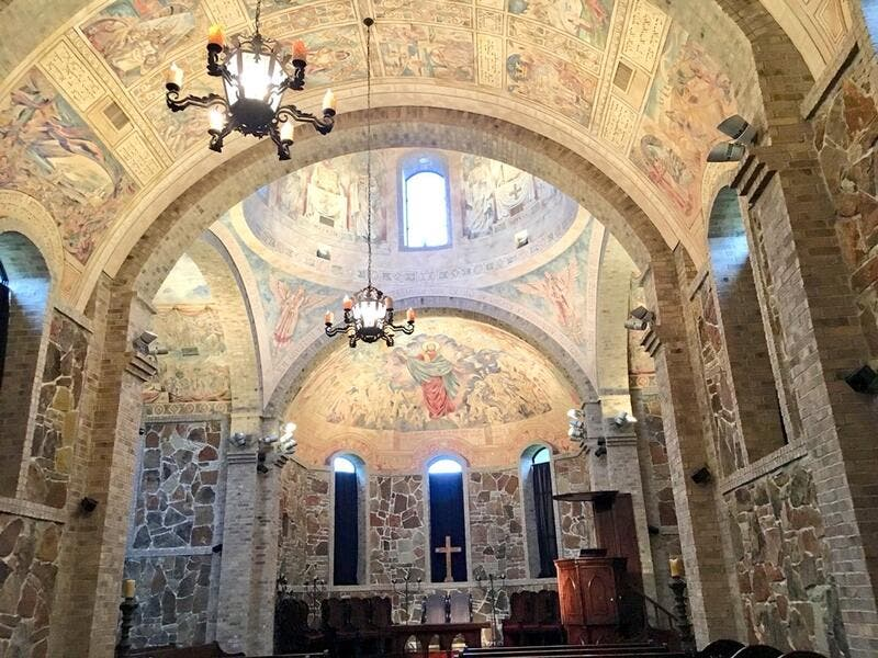 The Stone Chapel is a reconstruction of a 500 A. church in Tomarza, Cappadocia (Turkey). Located at Lanier Theological Library in Houston (Twitter)