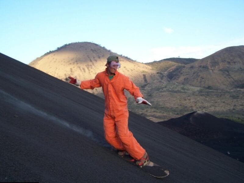 Slide Down The Side Of An Active Volcano In Nicaragua: Nicaragua is a 160-year-old active volcano with a very steep slope of small-sized rocks. Apparently, crazy people love to climb to the top, jump on a sled, and then ride the rocky way down. Good luck with that. (extrahyperactive.com)
