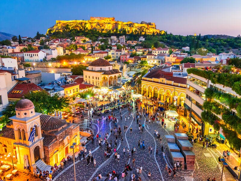 8. Greece: Ranking last in the world in the Personal Finance Index for the sixth year running, 39% of expats in Greece worry about their financial situation (vs. 18% globally), and 42% say that their household income is not enough to cover daily costs (vs. 23% globally).