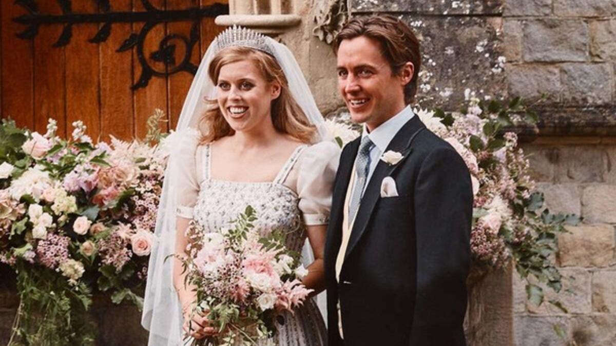 استعارت فستانها من خزانة جدتها الملكة إليزابيث.. تفاصيل حفل زفاف ...