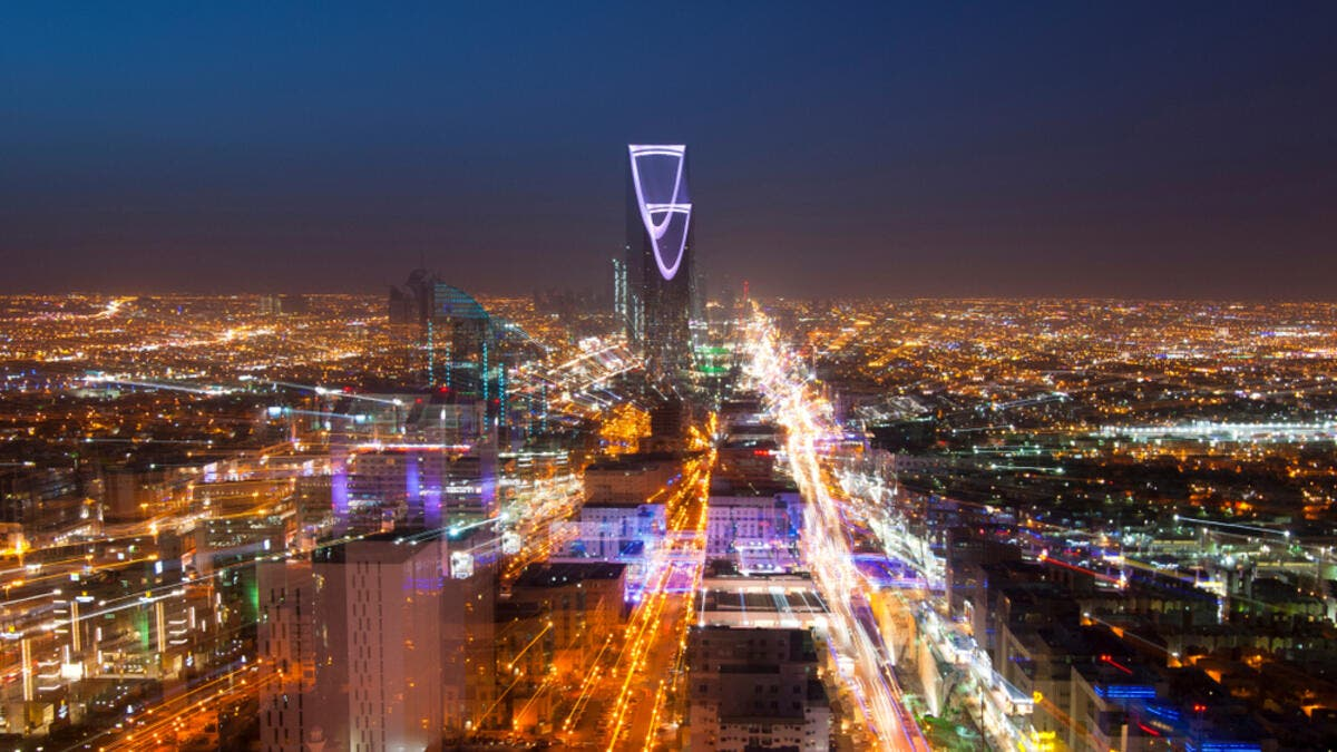 4. المملكة العربية السعودية: المملكة هي رابع أغنى دولة عربية بإجمالي نصيب الفرد من الناتج المحلي الإجمالي 56.82 ألف.