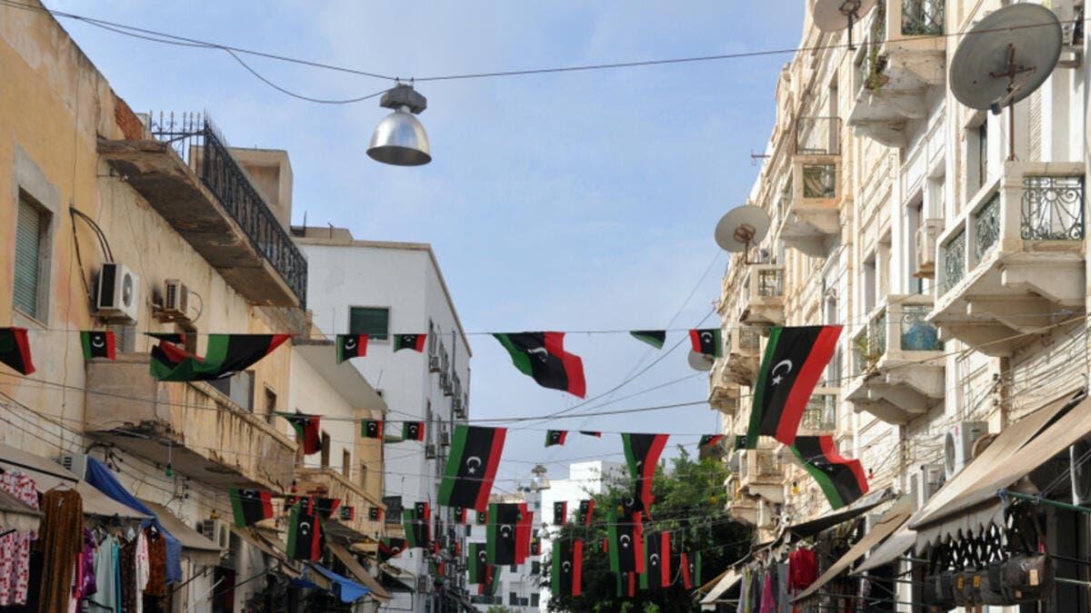 12. ليبيا: البلد المضطرب هو آخر بلد عربي بلغ إجمالي الناتج المحلي للفرد فيها أكثر من 10 آلاف. الناتج المحلي الإجمالي للفرد الواحد هذا العام هو 12.05 ألف.