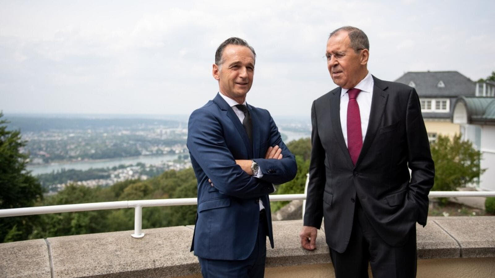 "German Foreign Minister Heiko Maas and Russian Foreign Minister Sergey Lavrov pose ahead the German-Russian forum ""Petersburg Dialogue"" at the Steigenberger Grandhotel Petersberg on July 18, 2019 in Koenigswinter near Bonn, western Germany.  Marius Becker / POOL / AFP"