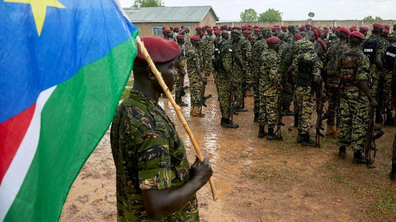 Members of South Sudan People's Defence Forces (SSPDF), formerly named Sudan People's Liberation Army (SPLA), assigned as South Sudan's presidential guard drill at their barracks just south of the capital Juba (AFP /Alex McBride)