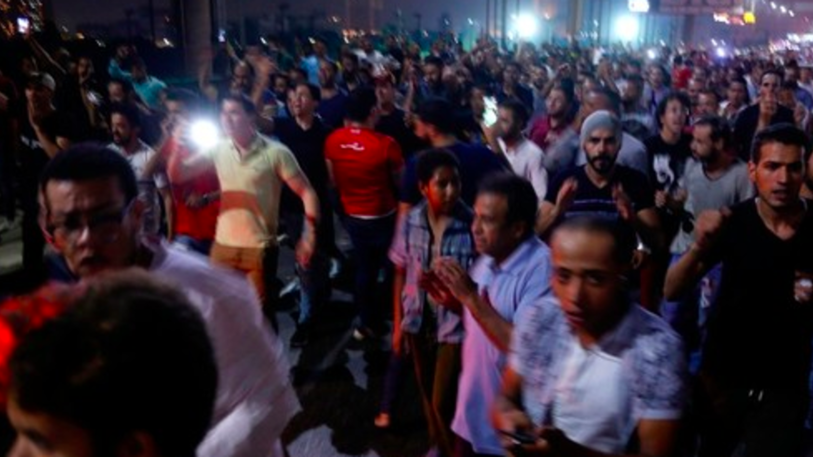 Egyptian protesters shout slogans as they take part in a protest calling for the removal of President Abdel Fattah al-Sisi in Cairo's downtown on September 20, 2019 (AFP Photo)