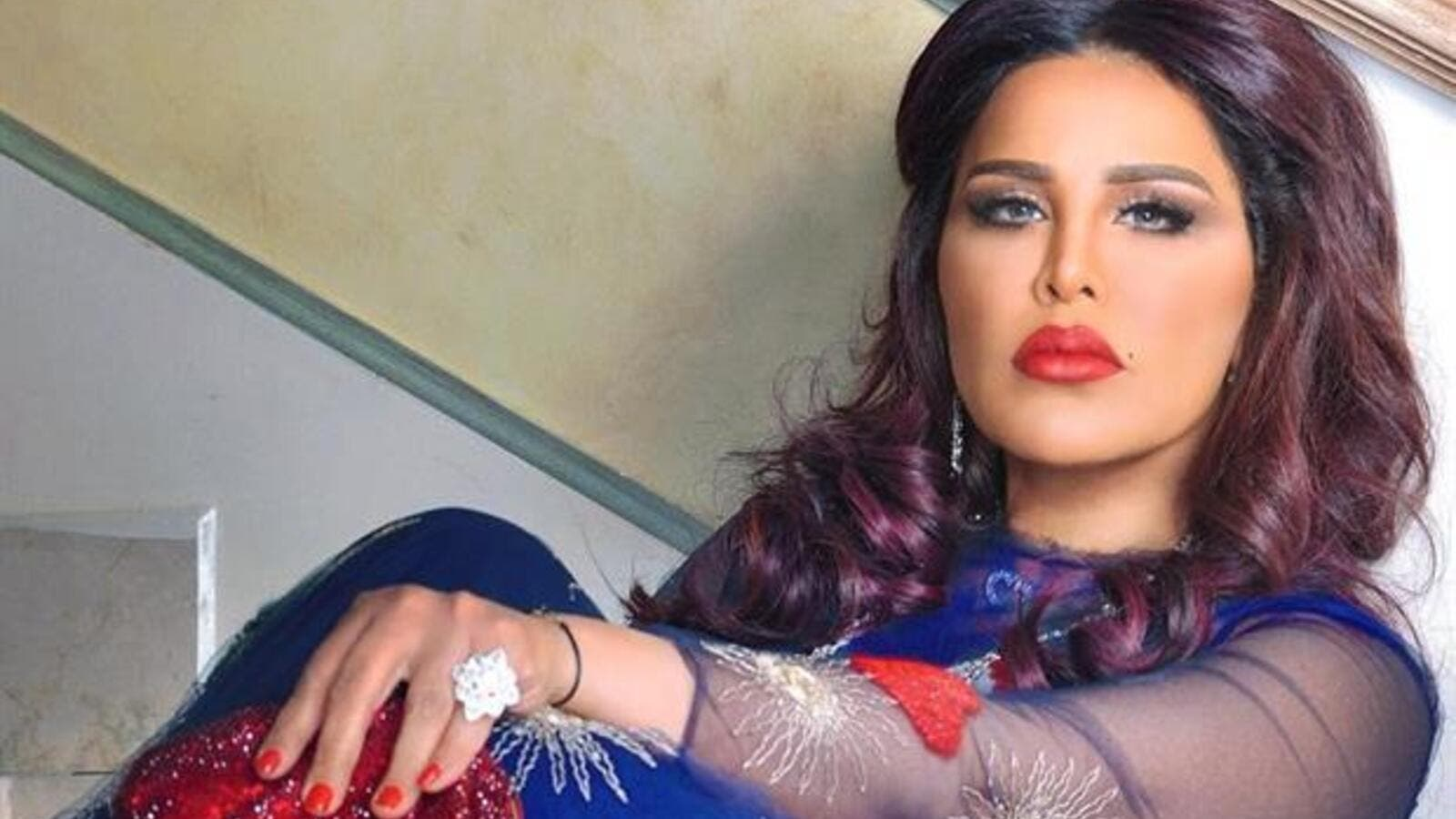 The Emirati singer has started procedures to file a lawsuit against Kuwaiti Twitter users who defamed her on the social networking site. (File photo)