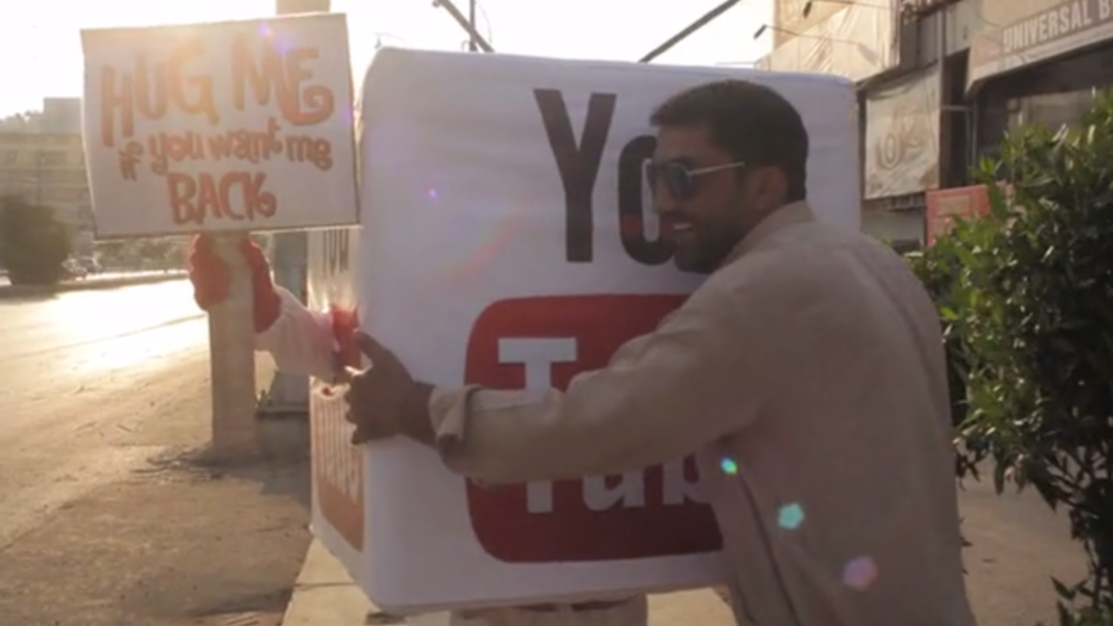 A Pakistani YouTube Hug campaign is afoot. (YouTube)