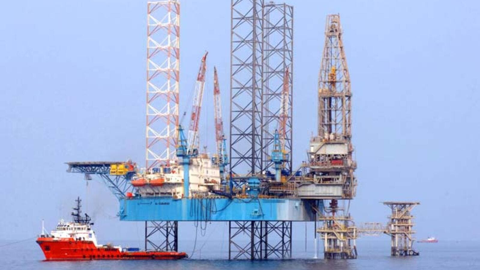 Qatar Navigation's Milaha to buy stake in Al Shaheen Energy
