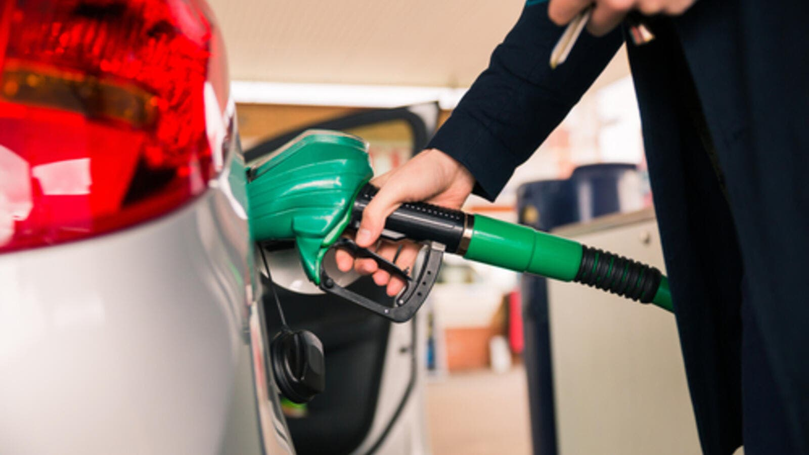 Beat the price rise with these fuel saving tips | Al Bawaba