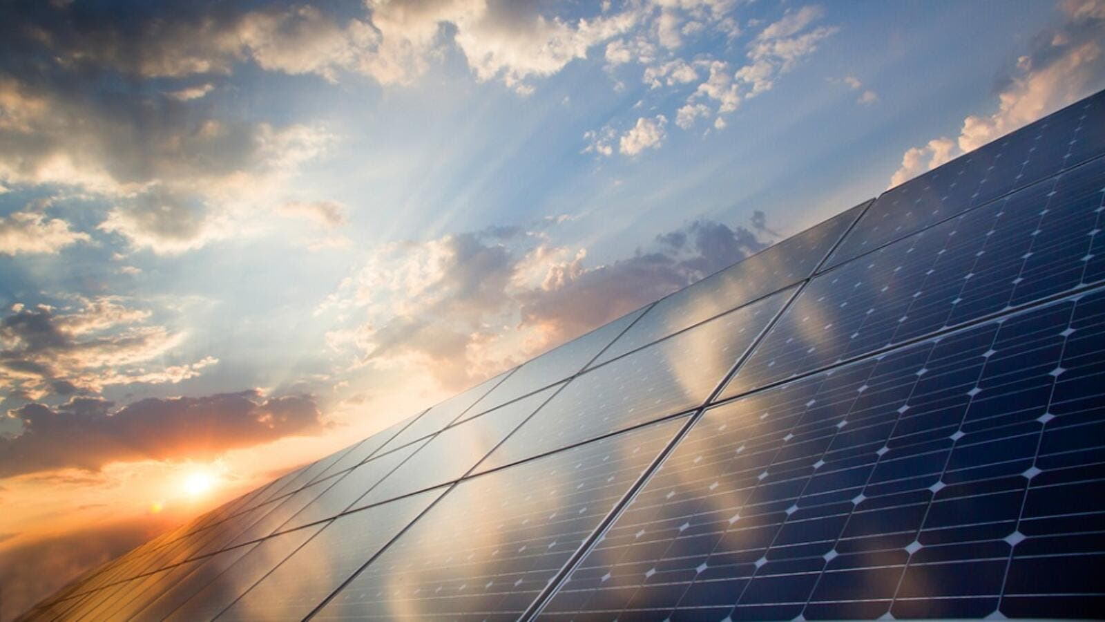 Bahrain to Commence Working on Its Biggest Solar Plant. (Shutterstock)