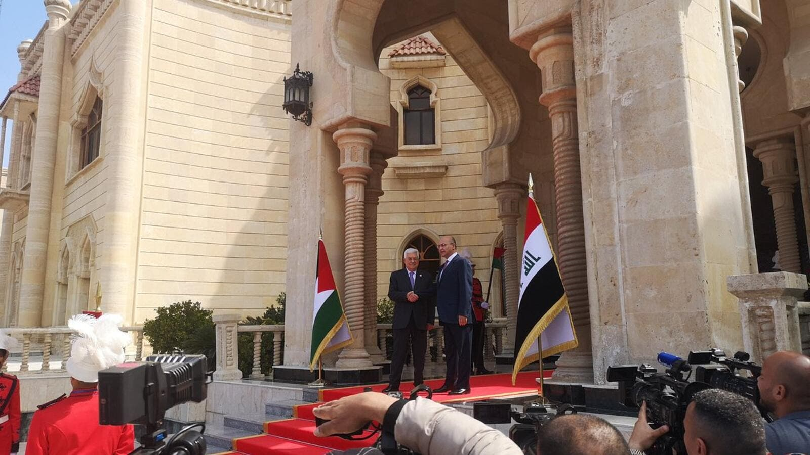 President Mahmoud Abbas arrives at presidential palace in Baghdad to meet Iraqi Prime Minister Adel Abdel Mahdi. (Twitter)