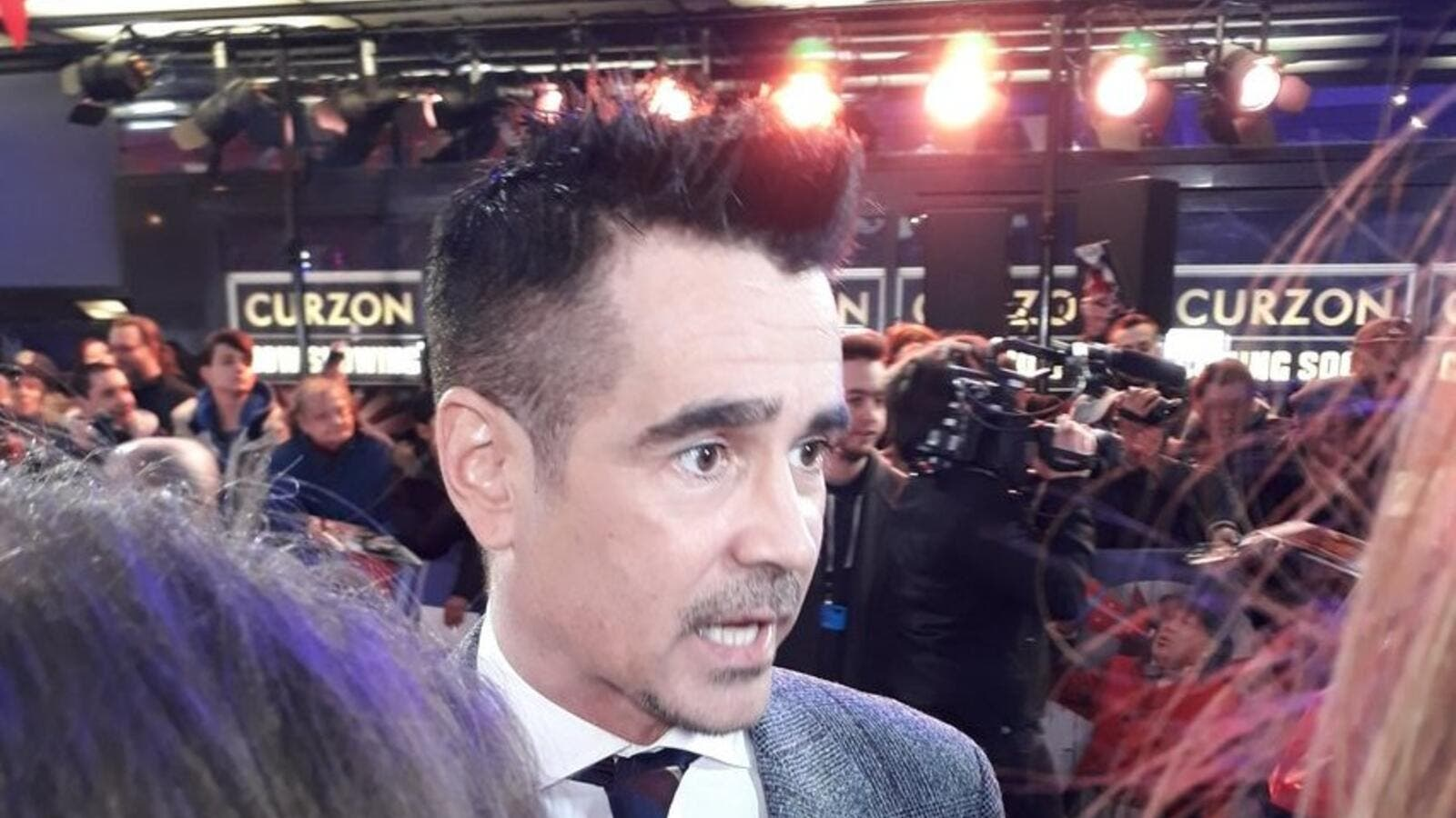 Colin Farrell arrived at the Dumbo premiere! (Twitter)