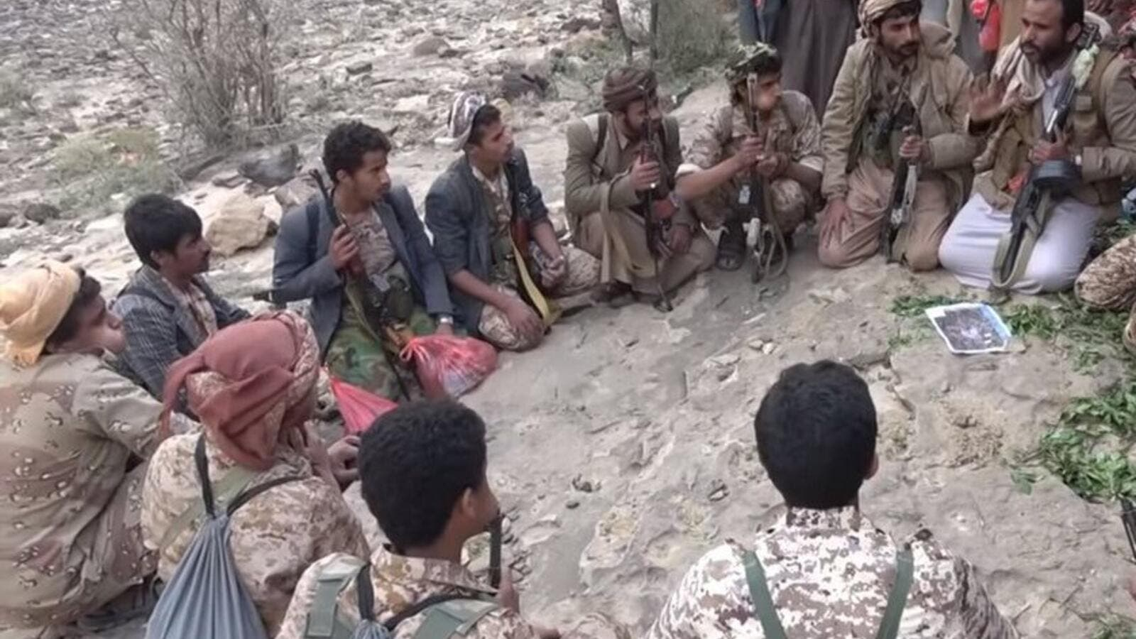 Houthi fighters (Twitter)