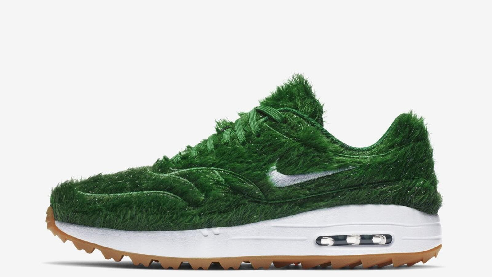 a900aeacd Nike Releases New Weird Golf Shoes Made of  Grass
