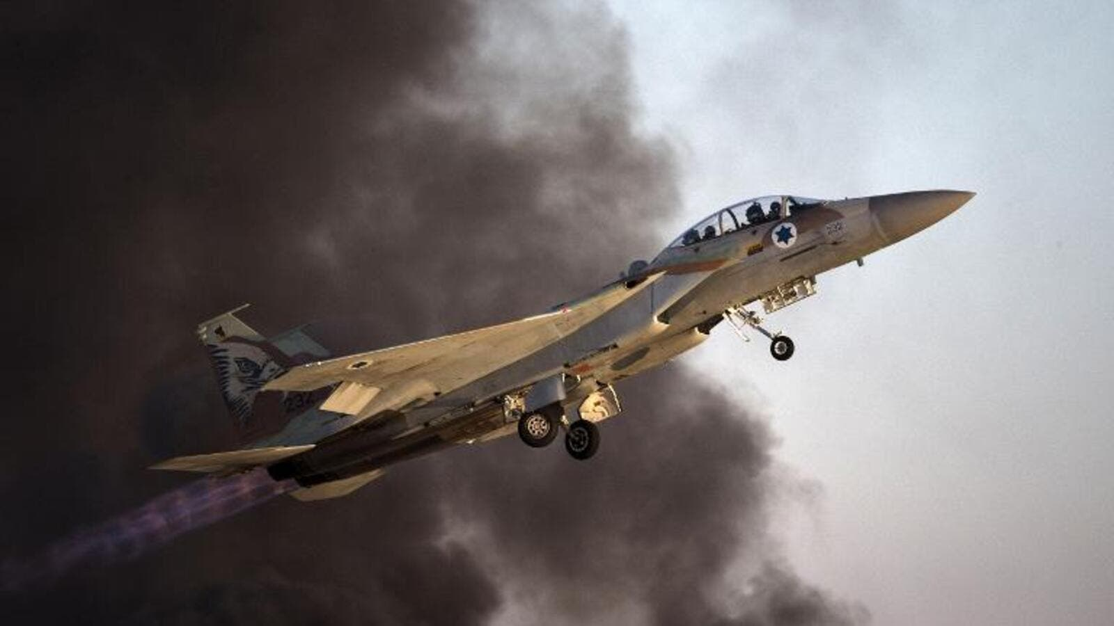 An Israeli F-15 fighter jet takes off during an air show. (AFP/ File Photo)