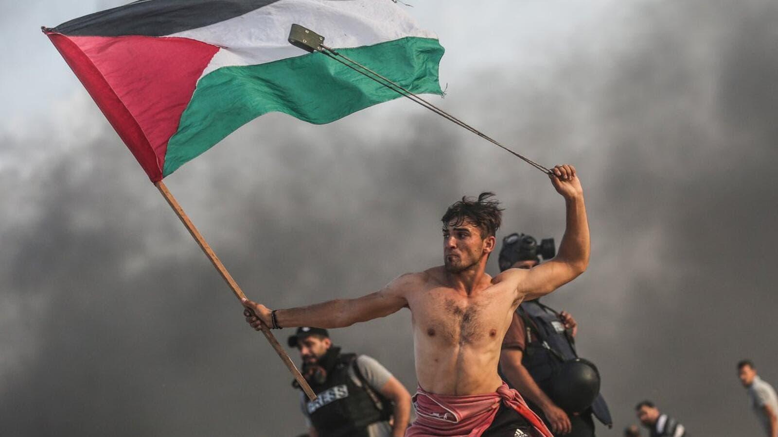 Gaza's Bare-Chested Protester Chosen Best Photo of 2018 | Al
