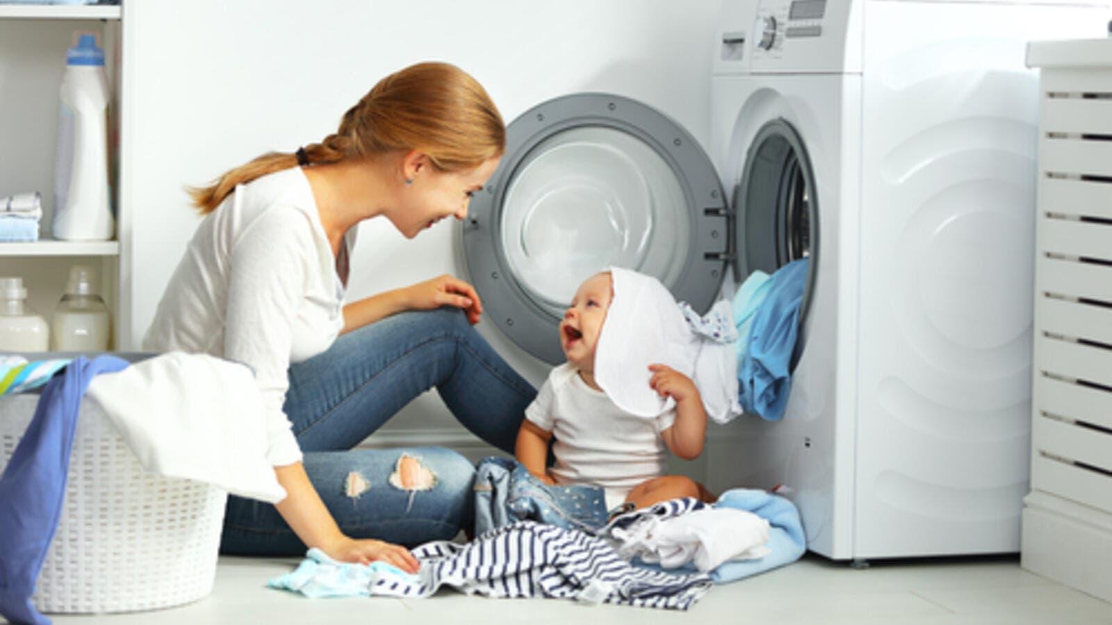 cde8da2b063f9 قبل أن تغسلي ملابس طفلك، اقرئي هذا المقال!
