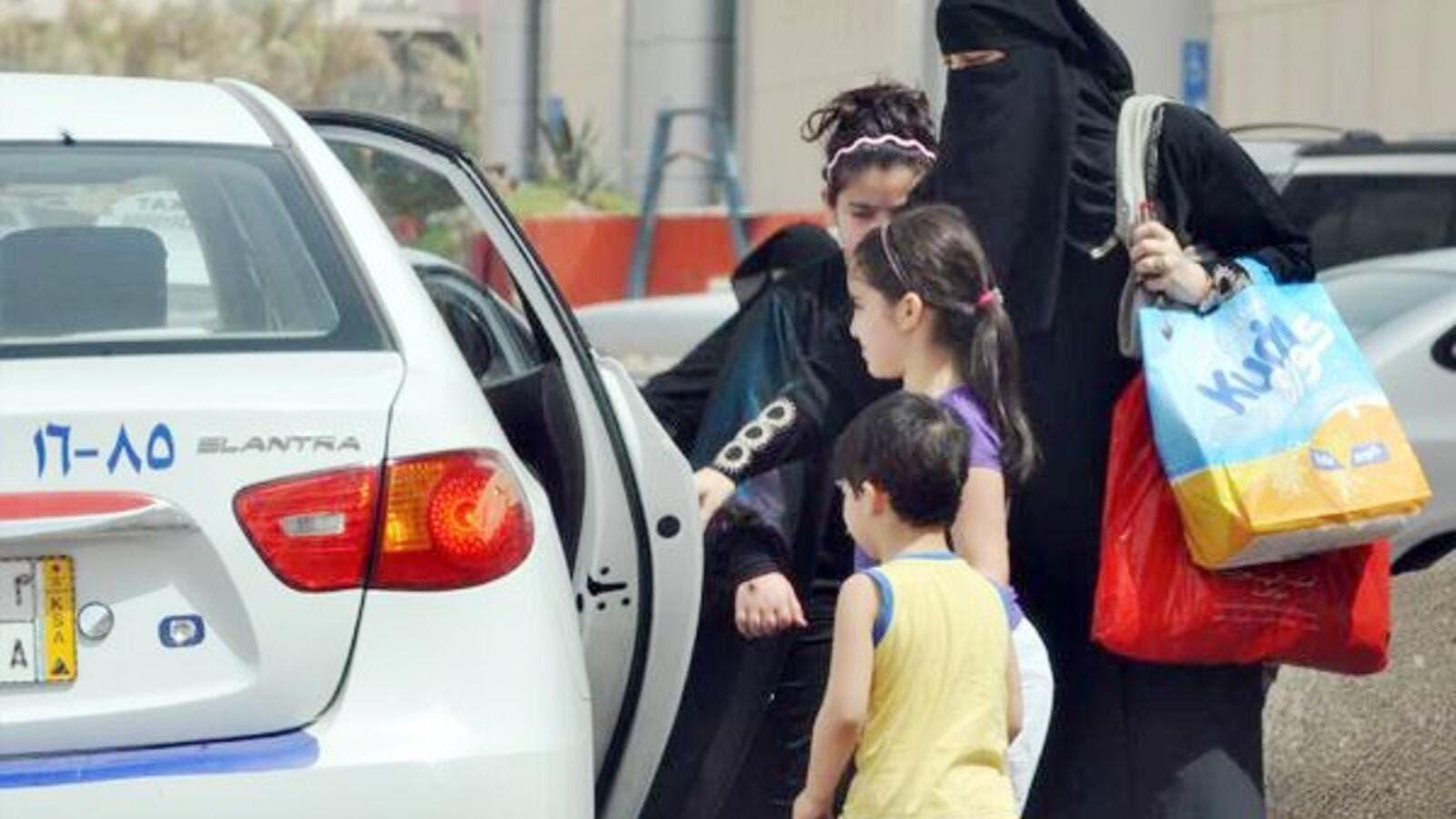Saudi Arabia struggles to resolve transportation problems