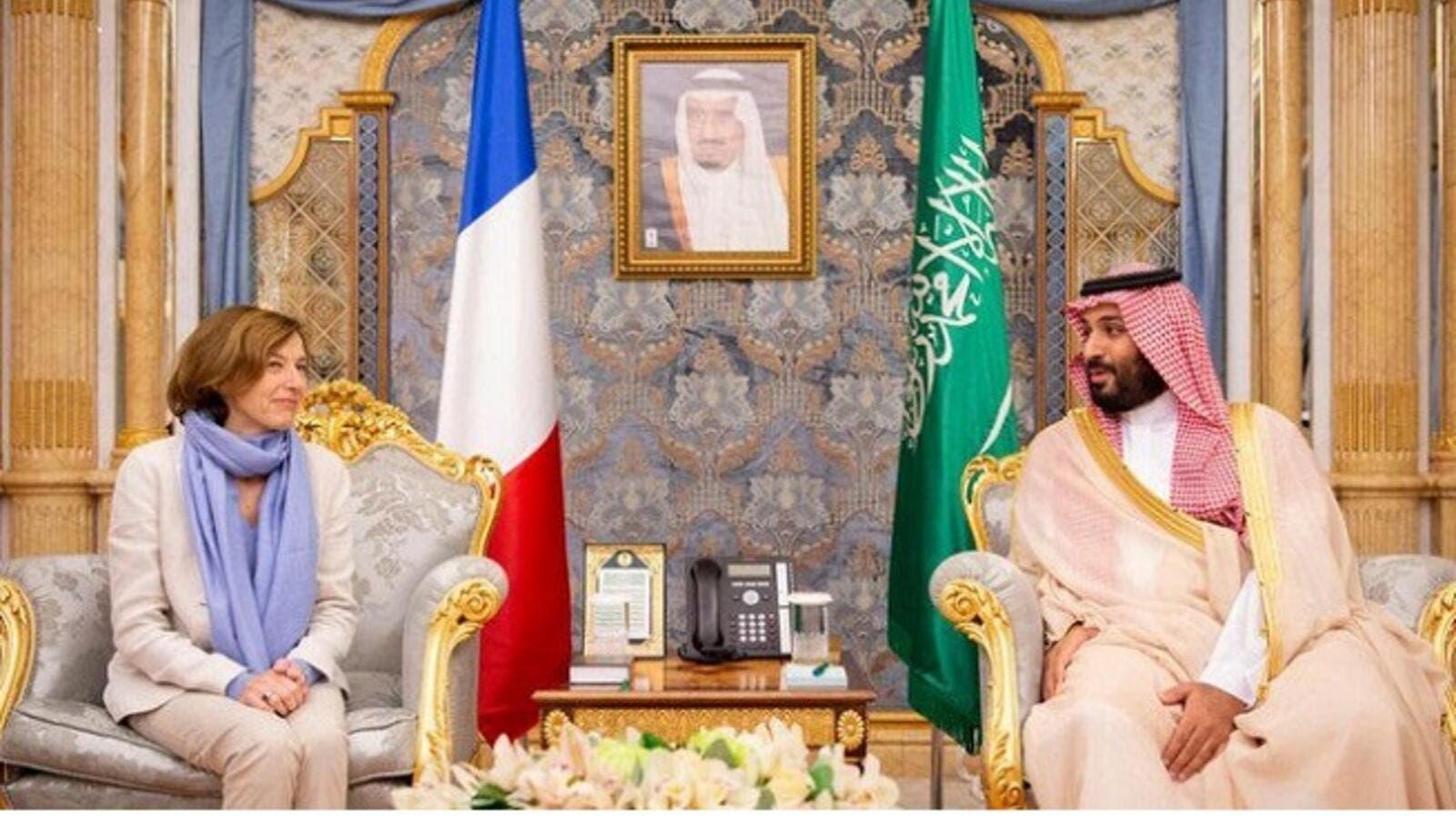 French Minister of the Armed Forces Florence Barley (L) and Saudi Crown Prince Mohammad bin Salman. (AN)