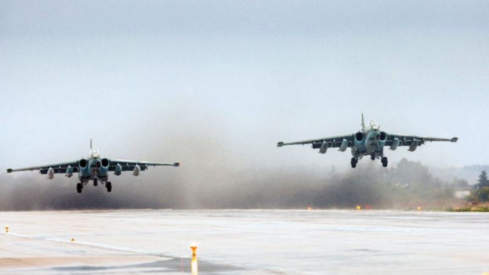 Russian fighter jets take off from the Hmeimim military base in the Latakia province of Syria (AFP Photo/Vadim Grishankin)