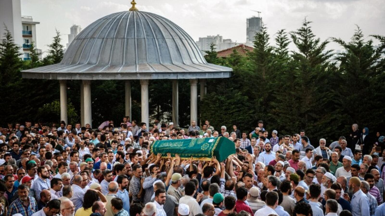 People carry the coffin of Mohammad Eymen Demirci on June 29, 2016 in Istanbul during his funeral a day after a suicide bombing and gun attack targeted Istanbul's Ataturk airport, killing 42 people. (AFP/Ozan Kose)