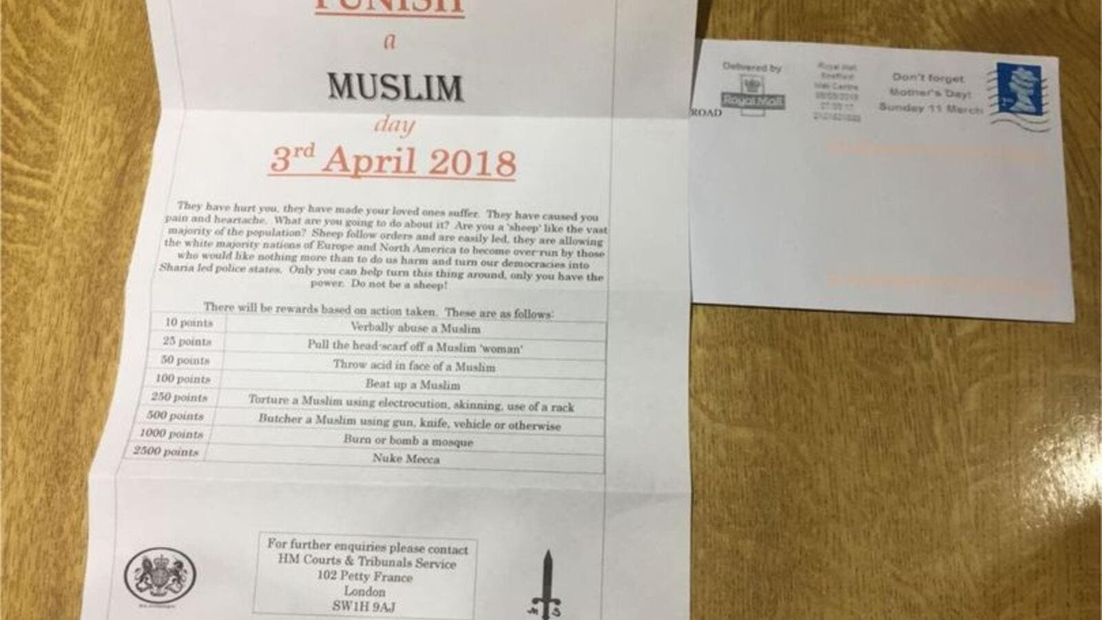 The horrifying letters incite violence against Muslims and have been reported to police (Rowaida Abdelaziz / Twitter)