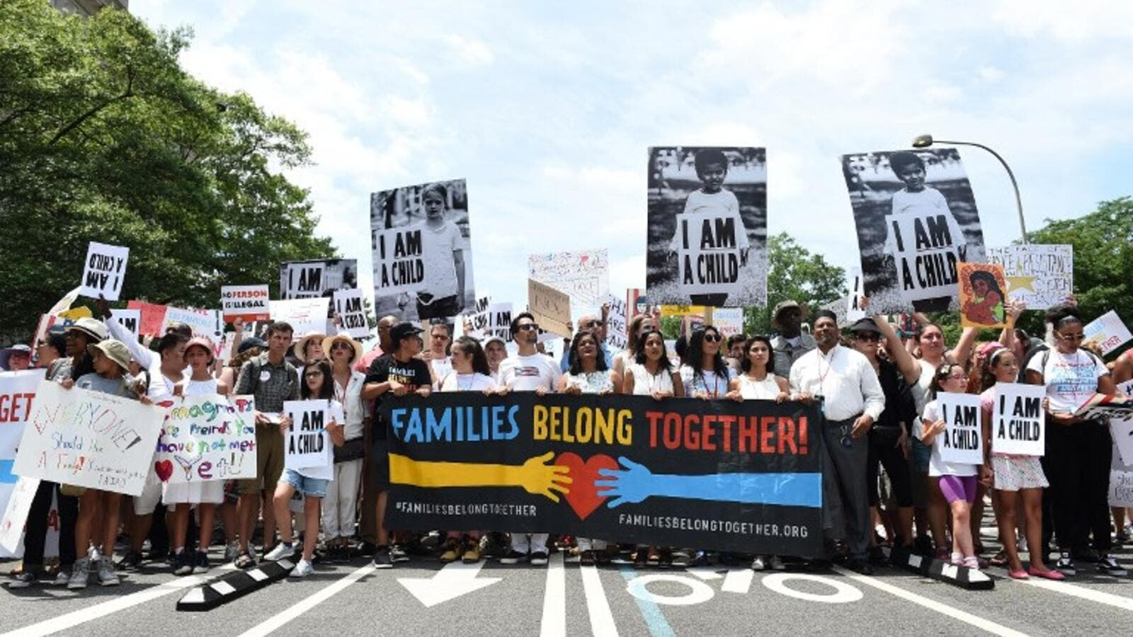 Actor Lin-Manuel Miranda and volunteers march during Families Belong Together Rally In Washington DC Sponsored By MoveOn, National Domestic Workers Alliance, And Hundreds Of Allies on June 30, 2018 in Washington, DC. (AFP/ File Photo)