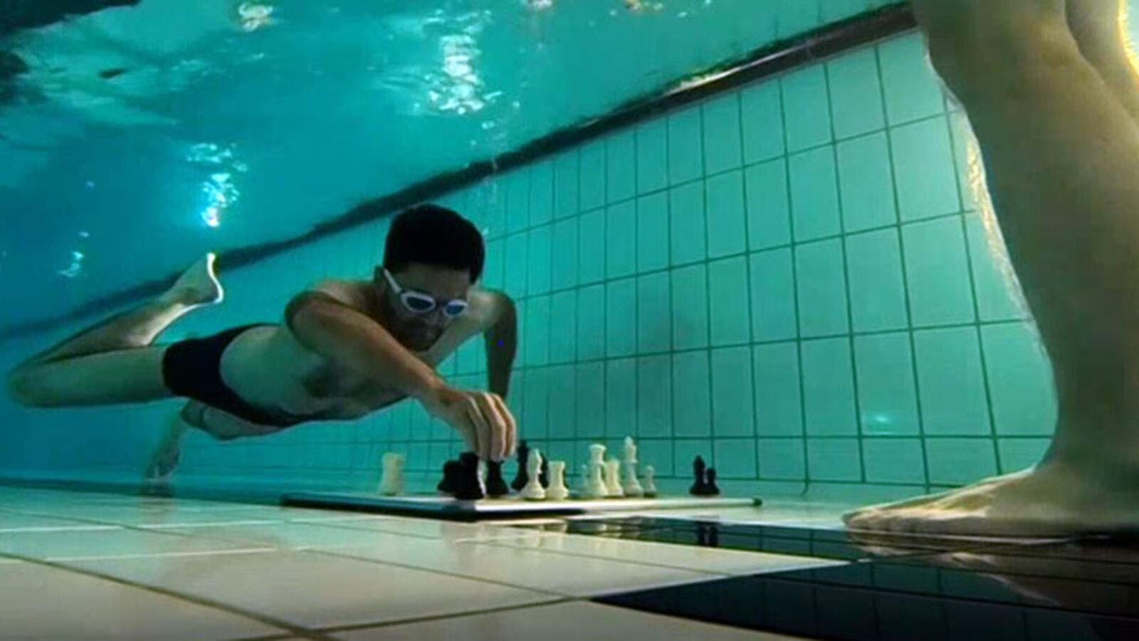 Underwater Chess Tournament. (Screenshot)
