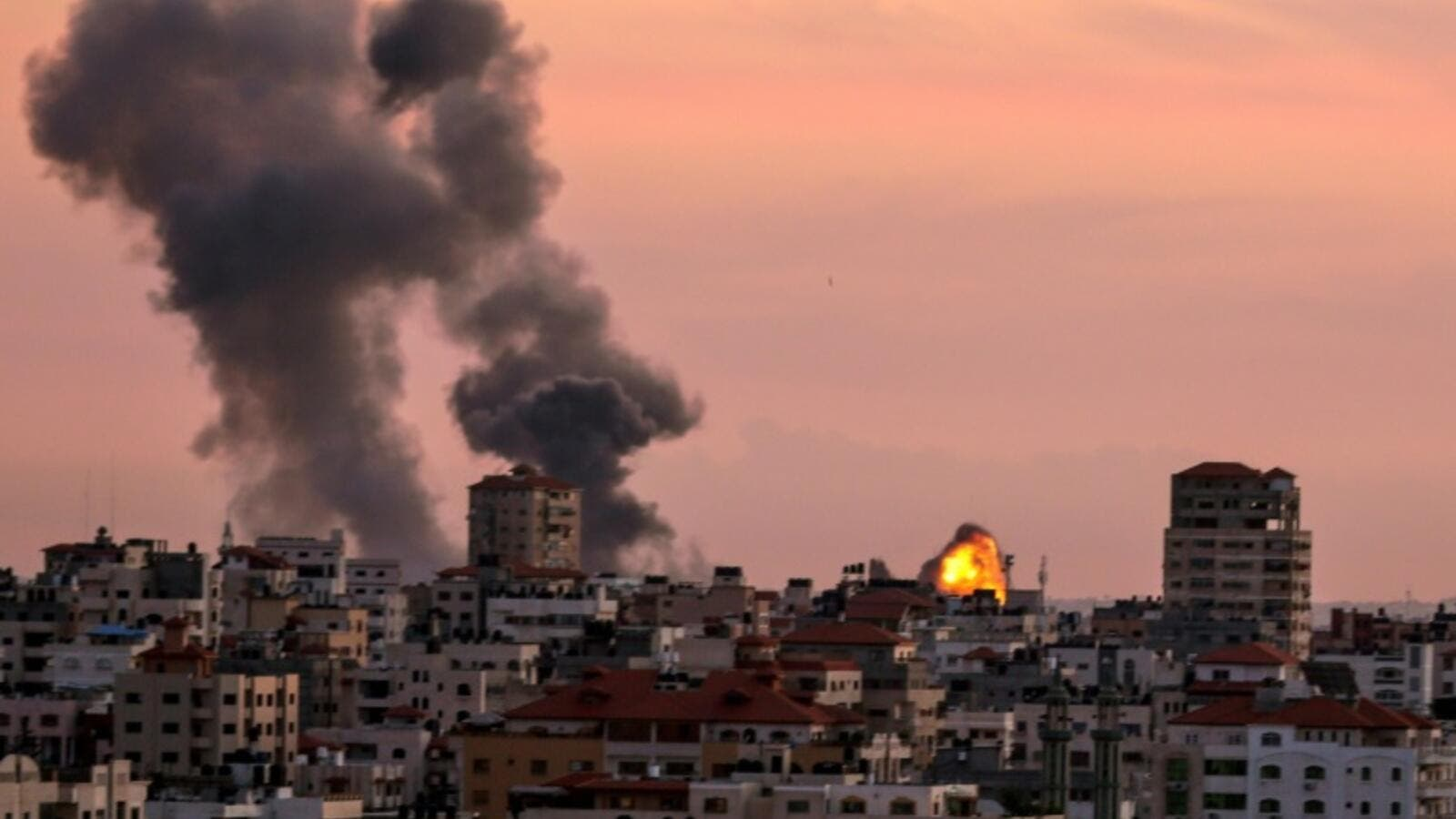 City smoke in Gaza after Israeli military strikes  (AFP/File Photo)