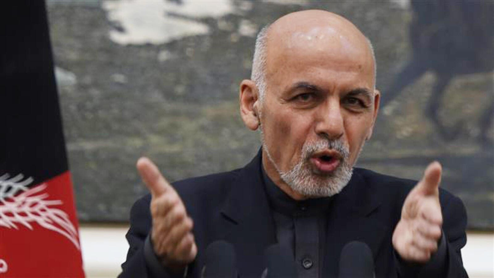 Afghan President Ashraf Ghani addresses a press conference at the Presidential Palace in Kabul on December 31, 2015. (AFP/File)