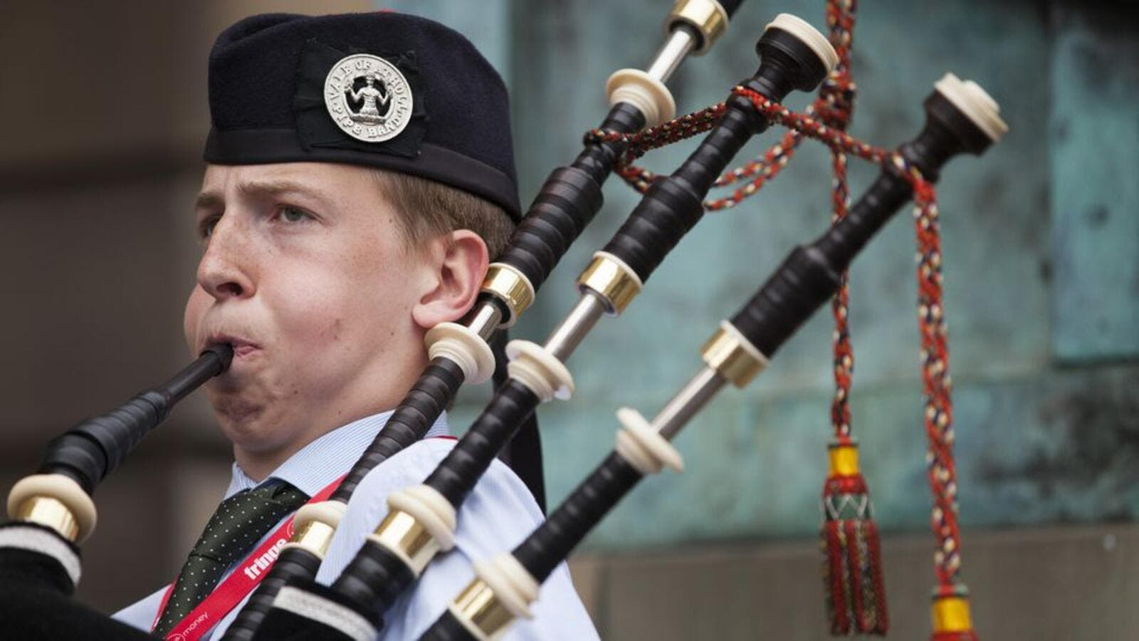 The history of bagpipes travels across the Middle East! (Shutterstock)