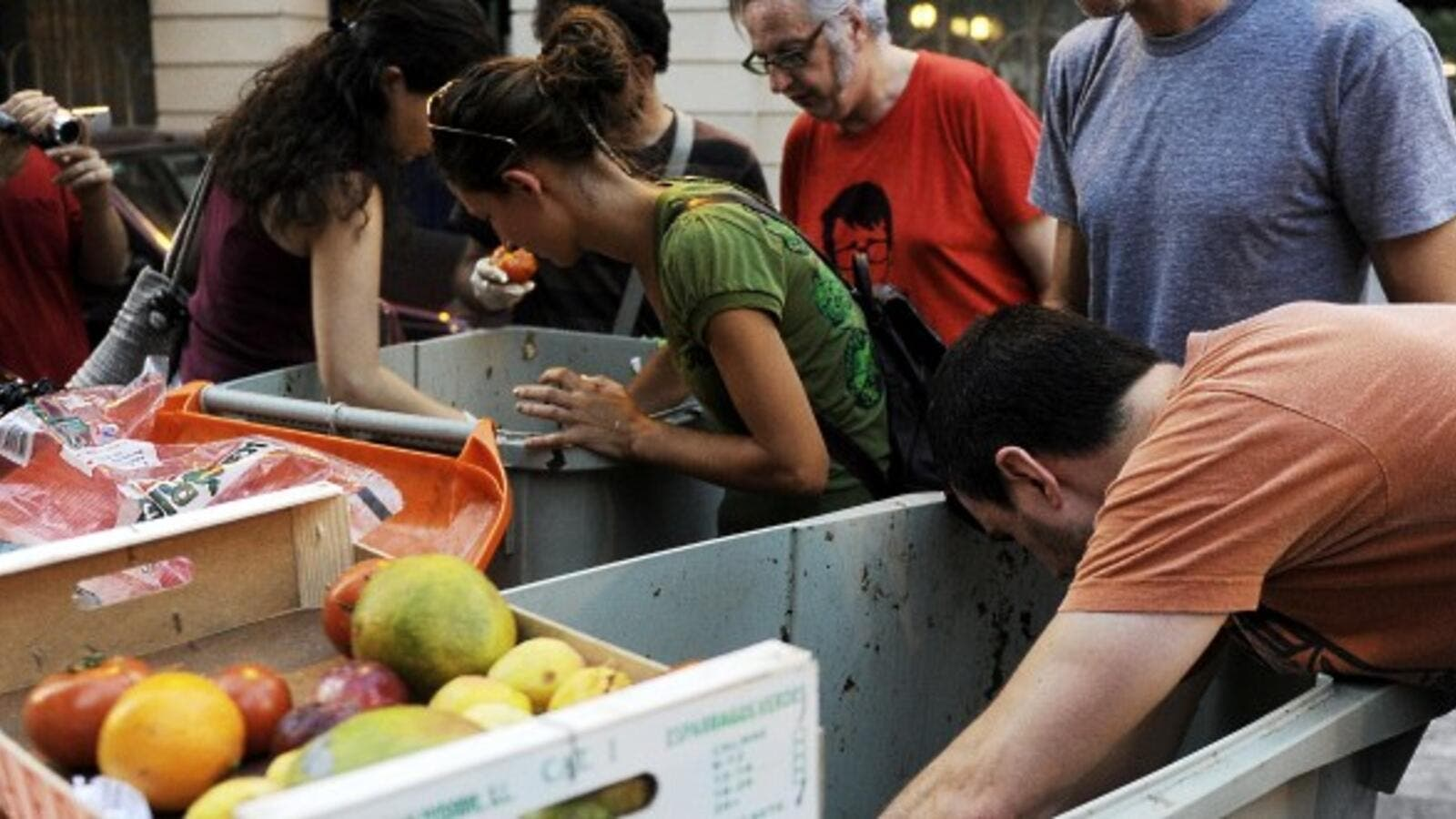 Israelis threw away 25 million tons of food in 2018. (AFP/ File)