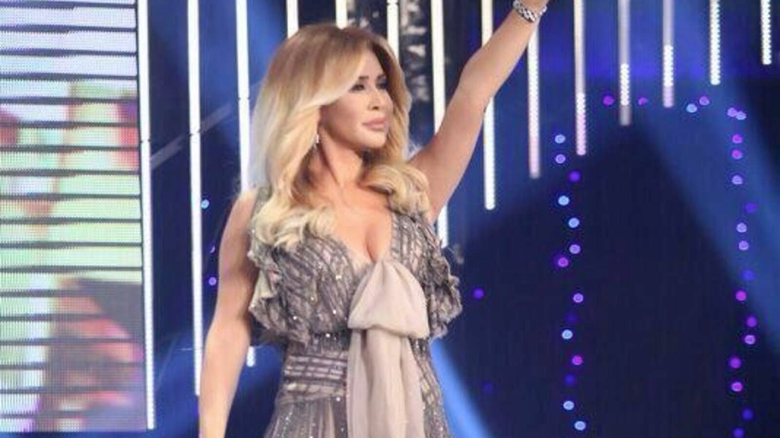 "Nawal Al Zoghbi's ""GharibiHalDenyi"" wins the OTV award for Best song and clip for 2013. (Image: Twitter)"