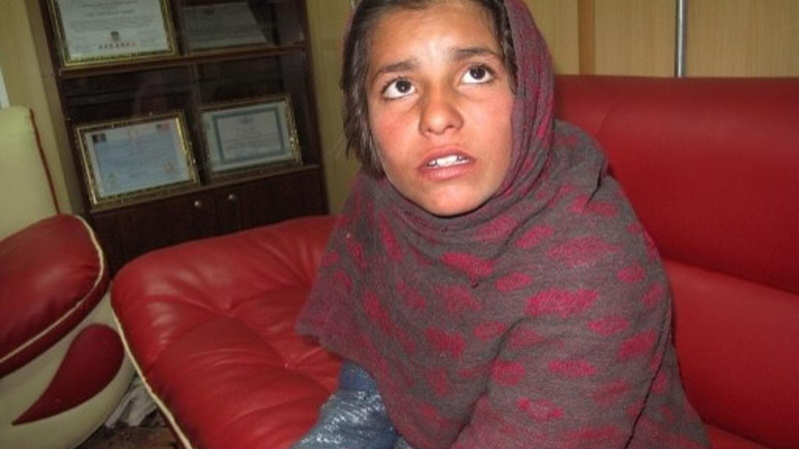 This is the 10-year-old-girl who was rescued by police in Khan Nasheen (Noor Mohammad/AFP)