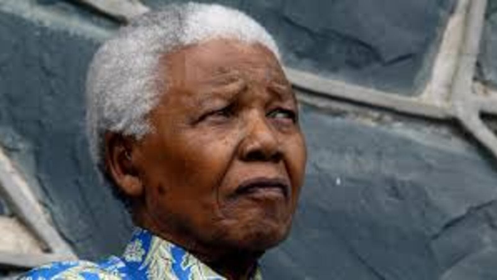 Lebanon's national day of mourning for Mandela coincides with South Africa's mass for the late former president in Johannesburg Tuesday (Reuters)