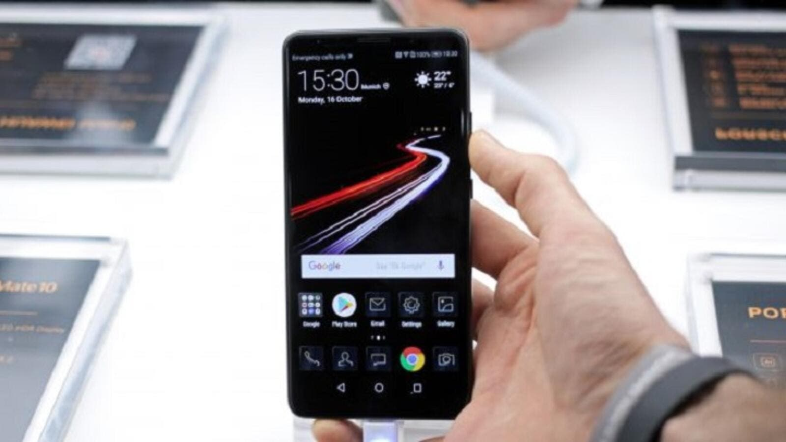 Huawei has announced a diamond black Porsche Design variant of its Mate 10 Pro, and we love it! (Courtesy of TechRadar)