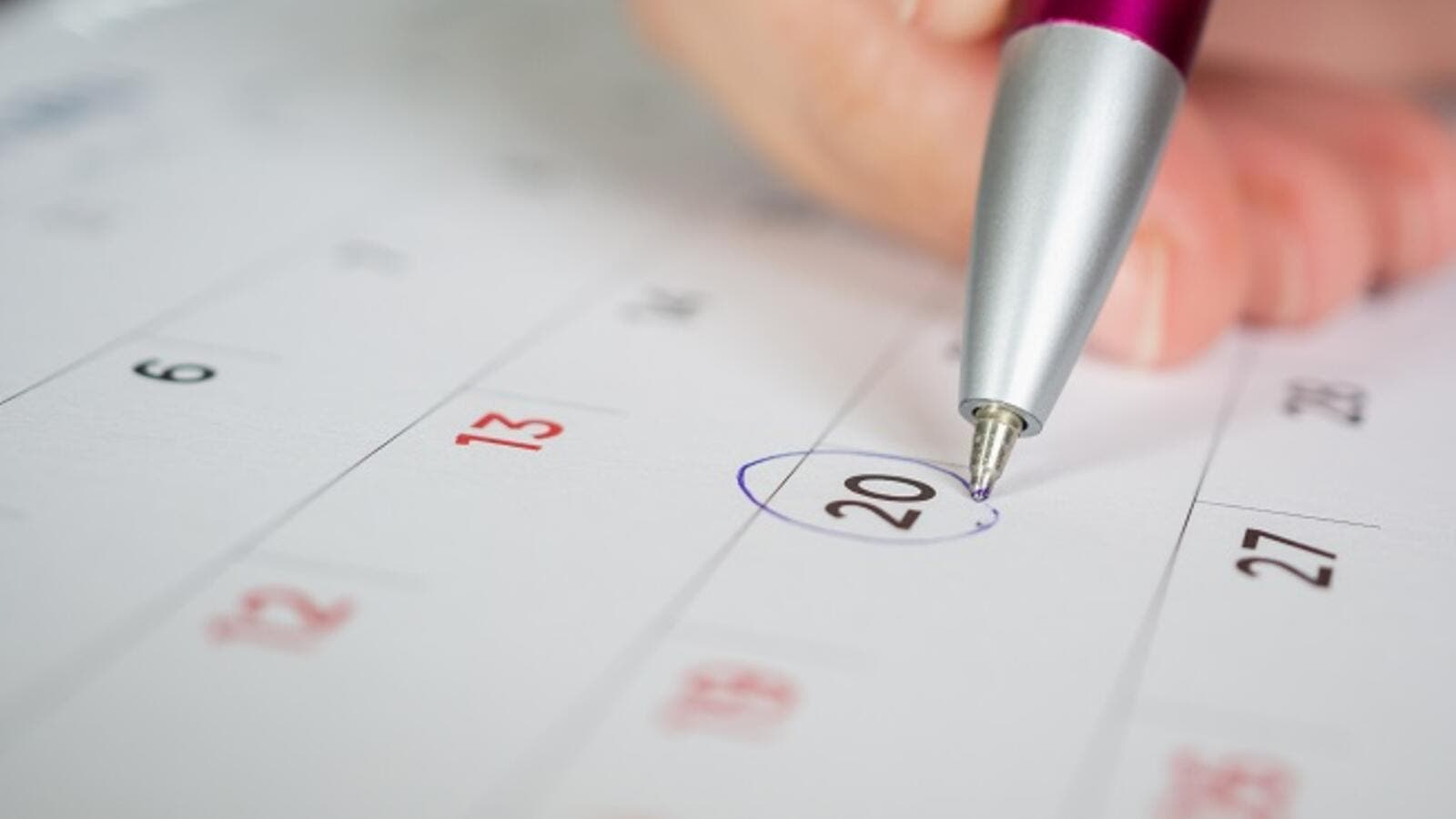 Here are the 4 main benefits and top reasons you should start scheduling monthly reviews with your team. (Shutterstock)