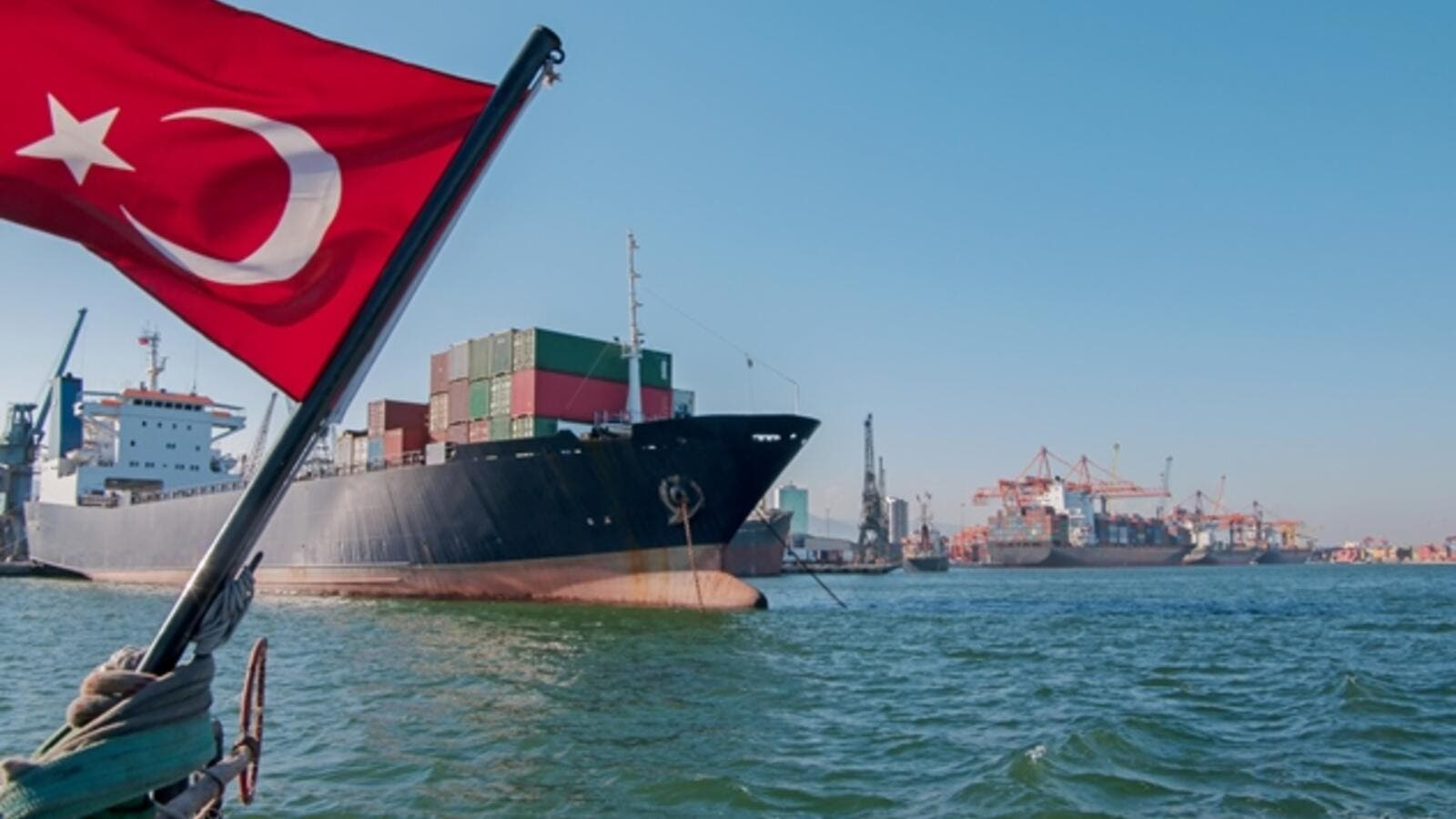 Turkish exports rose 7 percent on a yearly basis to hit $168 billion. (Shutterstock)