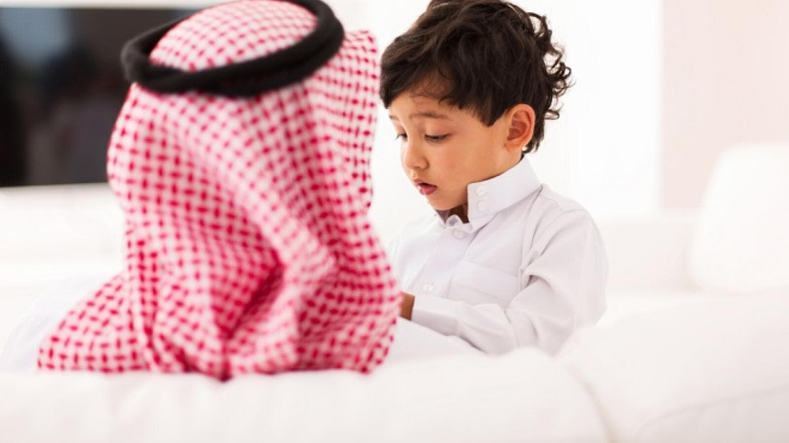 Children of Saudi families spend an average of four hours daily on smart devices, according to a recent survey. (Shutterstock)