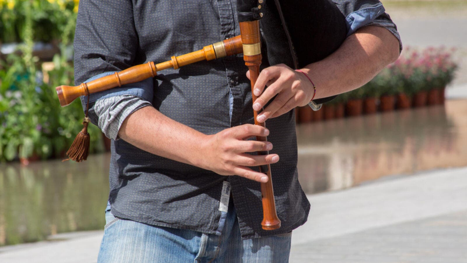 Bagpiper player (Shutterstock/File Photo)